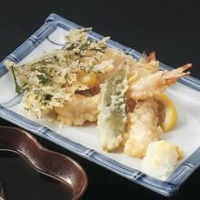 camarón y verduras tempura